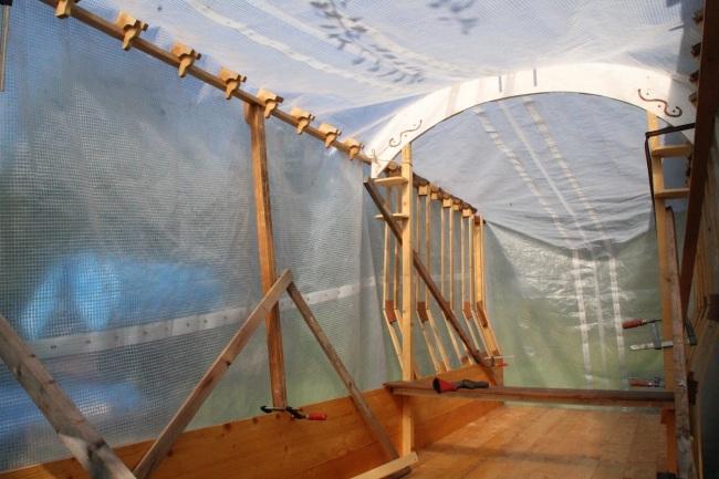 bouwen skelet onder zeil 003